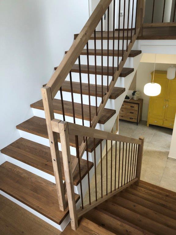 Holzstufen Treppen Gelander Traxler Treppen Helfenberg